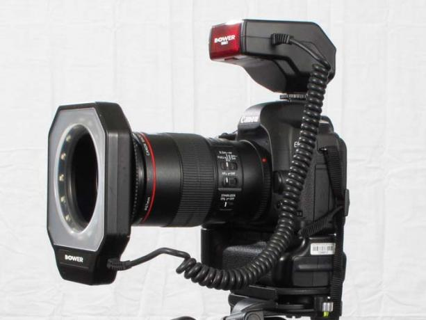 DSLR - Product Shots - External Lighting - Bower SFDRL71