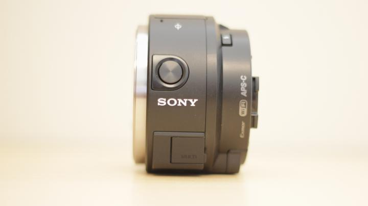 Sony DSC-QX1 Profile