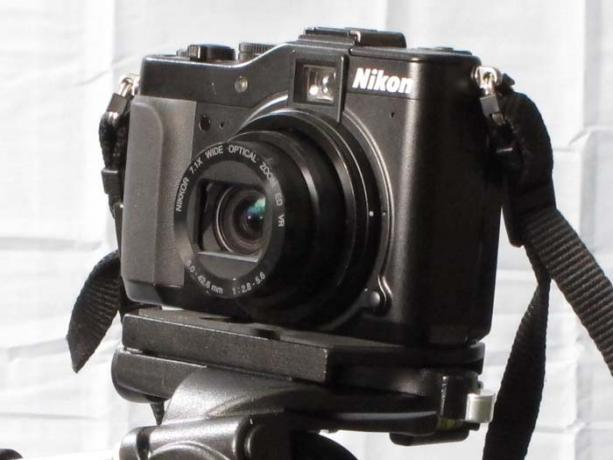 DSLR - Product Shots - Nikon Coolpix D7000