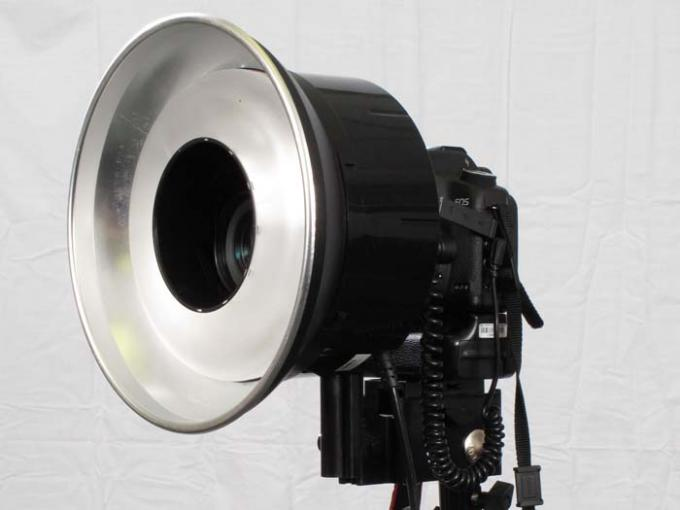 DSLR - Product Shots - External Lighting - AlienBees ABR800