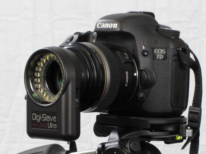 DSLR - Product Shots - External Lighting - DigiSlave Mini L Ring Ultra