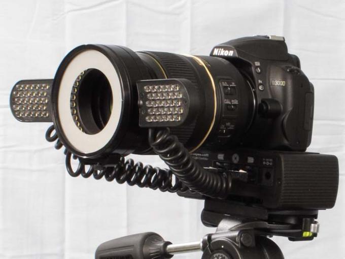 DSLR - Product Shots - Nikon D3000