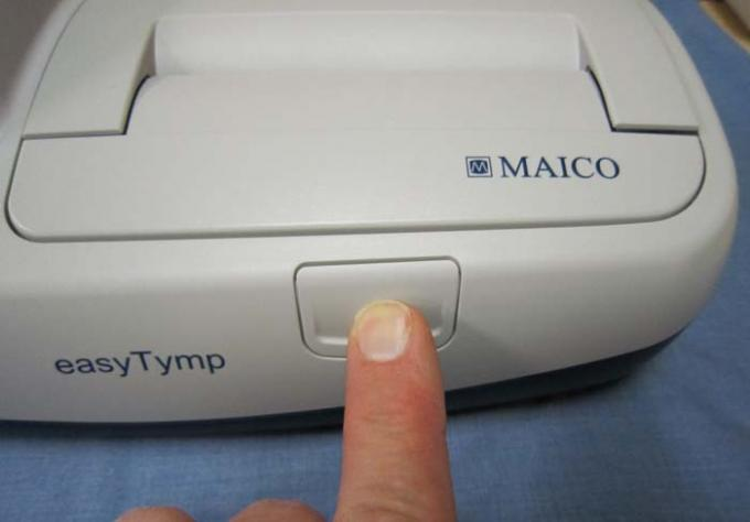 Tympanometers - easyTymp - Print Cover - A - Button